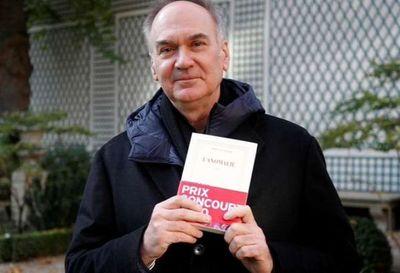 El escritor Hervé Le Tellier gana el Premio Goncourt 2020