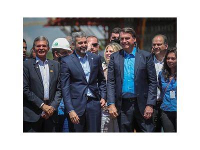 Marito se olvidó del uso obligatorio de tapabocas en visita a obra de nuevo puente