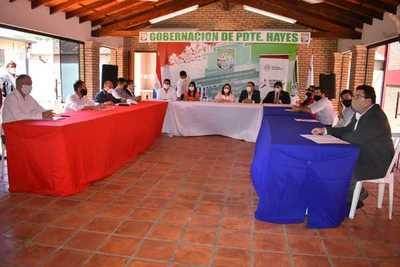 Firman convenio para la construcción de plazas deportivas en el Chaco