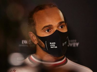 Lewis Hamilton dio positivo al Covid-19