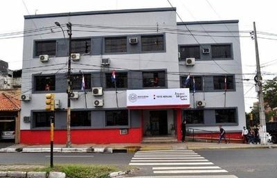HOY / Covid-19: Oficina de Legalizaciones del Ministerio de Justicia cierra sus puertas por casos sospechosos