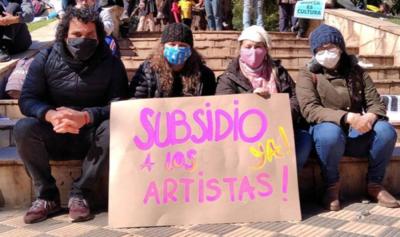 HOY / Arranca pago de subsidio a artistas por emergencia sanitaria