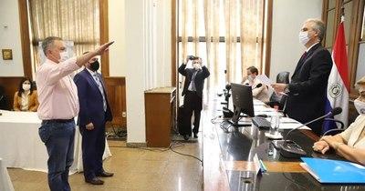 La Nación / Fernando Silva Facetti y Jorge Bogarín juraron como nuevos titulares del JEM