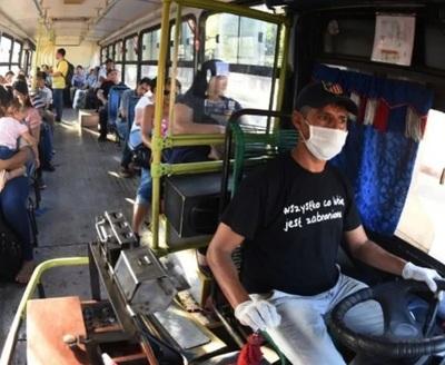 Usuarios denuncian reguladas de buses y Cetrapam niega tal situación
