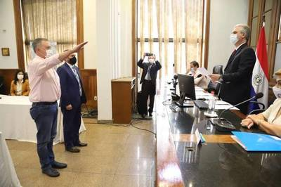 Senador Silva Facetti y abogado Jorge Bogarín en el Jurado de Enjuiciamiento de Magistrados