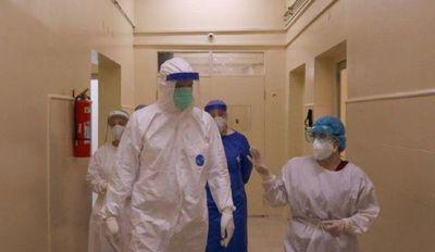 Salud confirma 15 muertos, 1.055 contagiados y 855 internados por covid-19