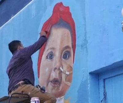 Pintan el rostro de la niña Bianca en murales de Caacupé
