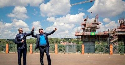 La Nación / Bolsonaro pidió decisión y coraje en encuentro con Abdo en Foz