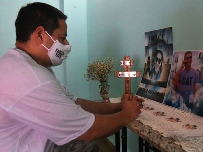 "Padre de víctima teme que ""Justicia prostituida"" beneficie a Papo Morales"