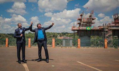 Abdo Benítez y Bolsonaro: Abrazos, elogios, pero nada de Itaipú