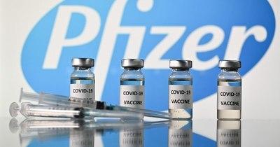 La Nación / COVID-19: Reino Unido es el primer país en aprobar vacuna de Pfizer/BioNTech