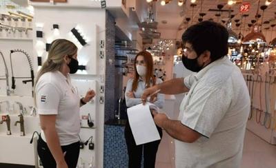 HOY / COVID-19: Controlan medidas sanitarias en comercios de Alto Paraná y Ñeembucú