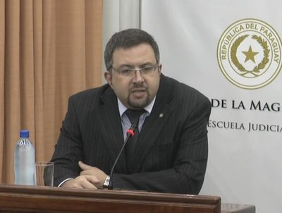 Desacuerdo entre decanos de universidades privadas suspende elecciones · Radio Monumental 1080 AM
