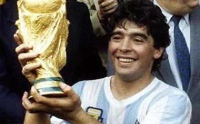 """""""Maradona empezó a consumir cocaína en 1981 cuando jugaba en Boca″ – Prensa 5"""