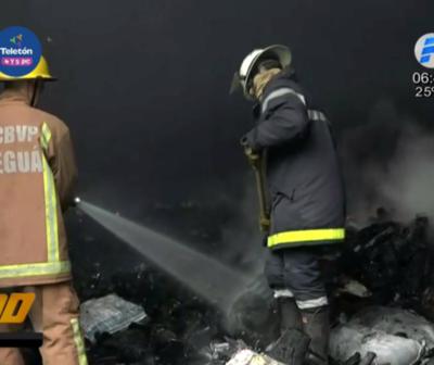 Incendio de gran magnitud en carbonería de Areguá