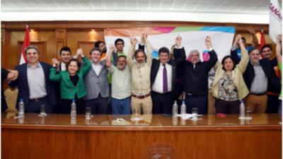 Luego de apoyar su juicio político, Llano se une a Lugo