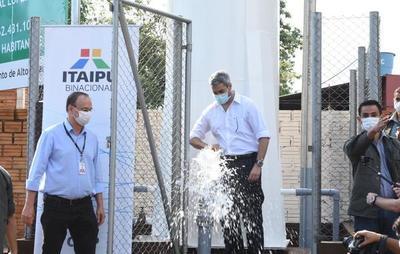 Dos nuevos sistemas de agua potable fueron habilitados con recursos de Itaipu