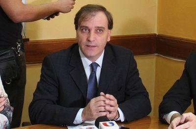 Será difícil que Paraguay acceda a la vacuna contra el COVID debido a la gran logística que se requiere explica doctor
