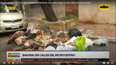 Permanece basural dejado por piqueteros en pleno microcentro de Asunción