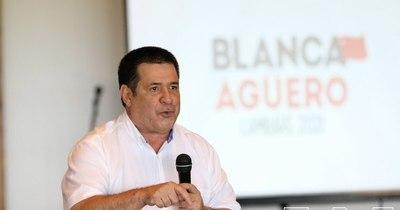 La Nación / En acto de Blanca Agüero, Cartes insta a luchar contra imposiciones y seguir cuidando a la familia