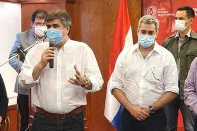 Gobierno entregó 250 notebook con Internet a jóvenes de Alto Paraná