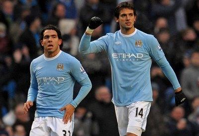 'El año celeste de Roque', es el homenaje del Manchester City a Santa Cruz
