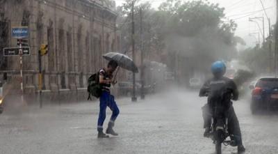 Alerta meteorológica vigente para Asunción y Central