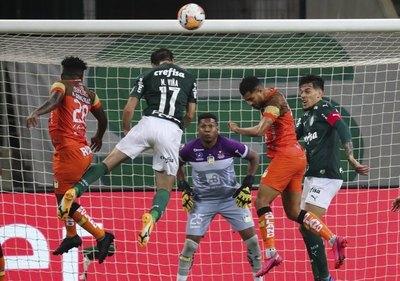 El Palmeiras de Gómez humilla y elimina al Delfín de Ecuador