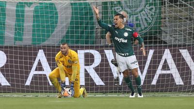 El Palmeiras de Gómez aplasta al Delfín y se inscribe en los cuartos