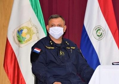 Jefe policial desmiente brazos caídos de sus subalternos en Itapúa
