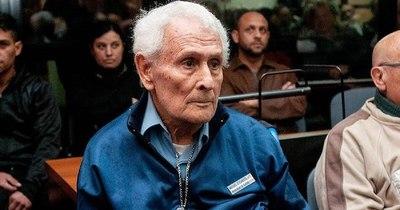 La Nación / Octava condena a perpetua para torturador de dictadura argentina