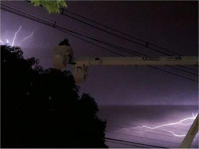 ANDE reporta restablecimiento de energía eléctrica tras temporal
