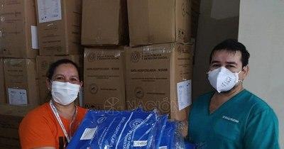 La Nación / Concepción: región sanitaria distribuirá más de 13.000 batas a USF