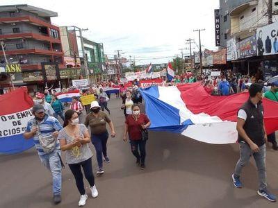 Autoridades negocian reapertura de frontera con Argentina