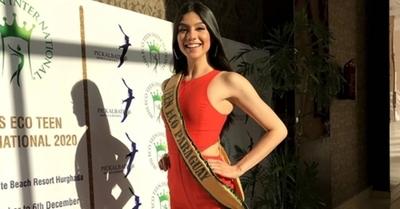 El vestido de revistas que presentó una Miss paraguaya al mundo