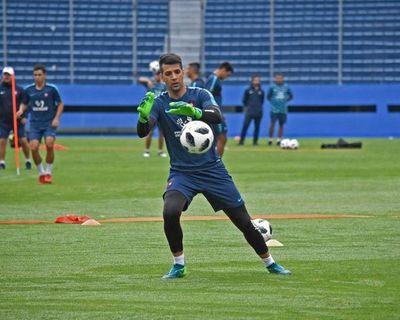 Rodrigo Muñoz retorna en pleno clásico y entrena desde el viernes
