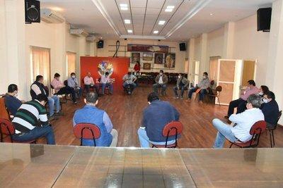 Gobernador e intendentes de Misiones emitieron fuerte comunicado sobre los fondos sociales de los binacionales