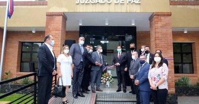 La Nación / Ministros de la Corte habilitaron nuevo juzgado de Paz en Altos