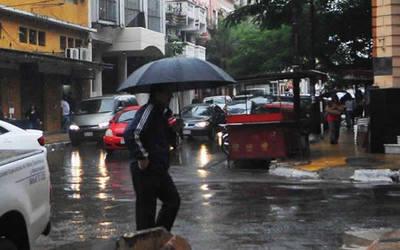 Viernes cálido con lluvias y tormentas eléctricas