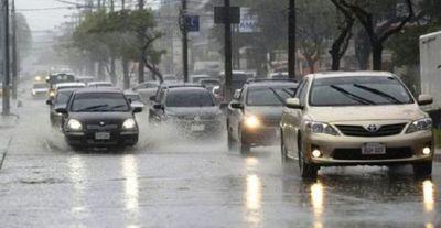 Viernes cálido y con lluvia torrencial