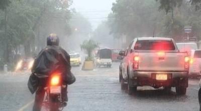 Anuncian una jornada cálida, con lluvias y tormentas eléctricas