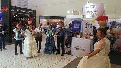 Elenco artístico municipal de CDE estuvo presente en evento de Foz