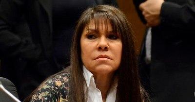 La Nación / Celeste Amarilla daba suero con sabor a leche a los niños, acusan desde la UIP