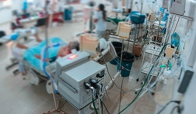 Preocupa aumento de requerimiento de camas, tras acelerado ritmo de incremento de casos