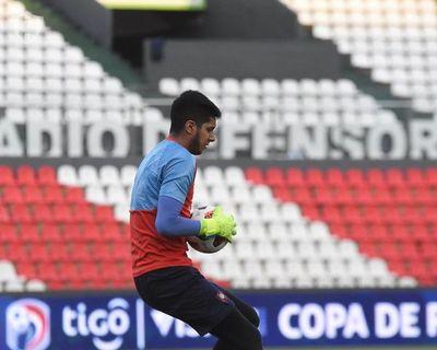 Martínez, emocionado tras la victoria en el superclásico