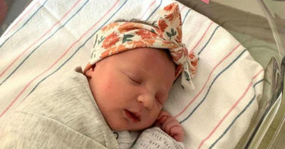 El 'pequeño milagro' de Molly: niña nació de un embrión que llevaba 27 años congelado