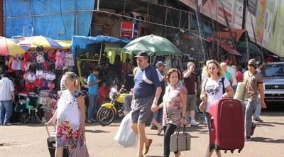 «Que nos dejen trabajar», dicen comerciantes y piden controles en vez de restricciones