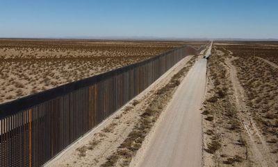 """El """"muro de Trump"""", una promesa a medio cumplir que rompe huesos y sueños"""