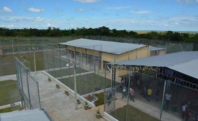 Reclusa de la Penitenciaria de Coronel Oviedo fue internada por intoxicación – Prensa 5