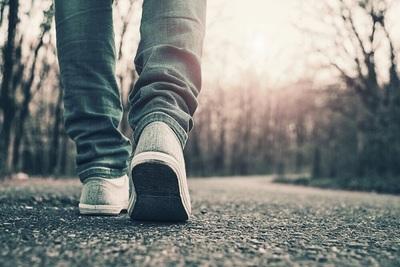 Discutió con su esposa y salió a caminar 450 kilómetros para 'despejar la mente'